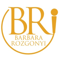 A digital pioneer forging new frontiers, Barbara Rozgonyi is a speaker, author and consultant. First recognized as a leading Chicago social media influencer in 2009, Barbara is a passionate digital enthusiast.