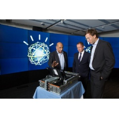 IBM Research Senior VP Arvind Krishna (left) shows Hartree Centre Dir. Cliff Brereton (center) and STFC Executive Dir. of Business & Innovation Tim Bestwick (right) an OpenPOWER-based high performance computing system.(Credit: Feature Photo Service)
