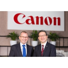 Pictured L-R: Brian Roche, New Zealand Post Group's Chief Executive Officer alongside Yusuke Mizoguchi, Managing Director, Canon Oceania.