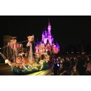 Last Chance to see Main Street Electrical Parade at Walt Disney World before it �Glows Away� Oct. 9