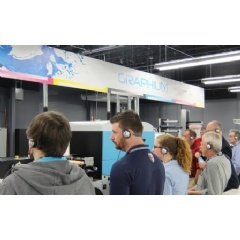 Tech Summit attendees learn more about the Graphium, a high-speed modular digital UV inkjet press for labels, packaging and specialty print.