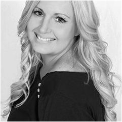 Founder of Gold Coast located Ooh La La Hair Extensions, Lisa Forrest has become a leader in the hair extension industry for her unique application.
