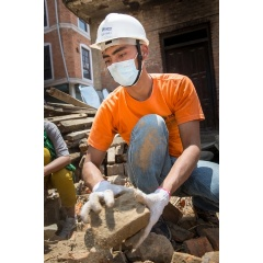 Habitat for Humanity staff and volunteers helped to clear rubble and remove debris in the Nepali town of Opi Tol.