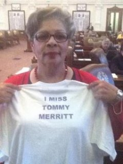 Senior Democrat Senfronia Thompson donned a t-shirt to express her thoughts on Merrit�s failed reelection run.