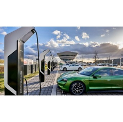 Porsche Turbo Charging, Taycan, Rapid-charging park, Leipzig, 2020, Porsche AG