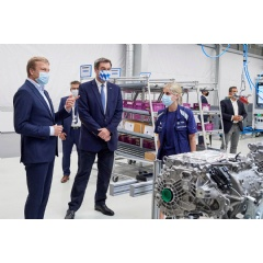 Production of the highly integrated BMW e-drive (fifth generation BMW eDrive technology)