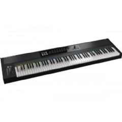 Native Instruments Komplete Kontrol S88 - 88-key, semi-weighted Fatar keybed with aftertouch