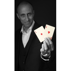 Wedding Magician Neil Devlin