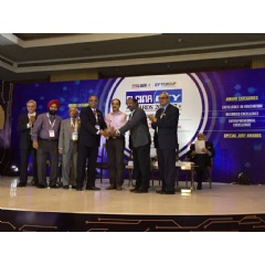 Syrma Technology CEO Sreeram Srinivasan and Jeyakumar Nelson, Senior VP, Sales & Marketing accept First Prize in Quality, SME at the 2016-17 ELCINA-EFY Group Awards in New Delhi, September 14, 2017