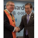 IOC President Honoured in South Korea for Contribution to Peace
