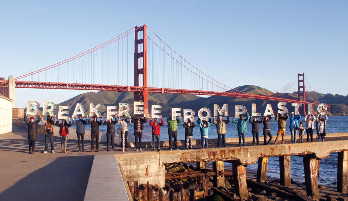 Peña: Earth Day 2018: End plastic pollution