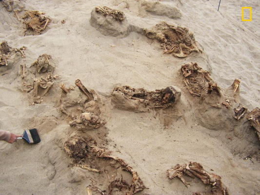 'Largest ever' child sacrifice cemetery found in Peru