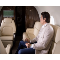 Challenger business jets provide a smooth ride and the ultimate in-flight experience with industry-leading connectivity
