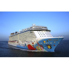 Wärtsilä will supply customized Hybrid Scrubber systems that meet and exceed the latest emissions legislation to two Norwegian Cruise Line ships. Photo: Norwegian Cruise Line.