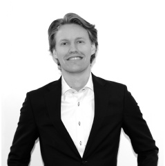 Kristoffer Roil, Co-Founder & COO of Vic.ai
