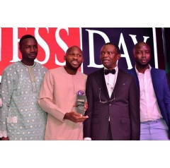 Ade Sun-Basorun, CEO Designate, FoodCo Nigerian Ltd (second from left) and Frank Aigbogun, Publisher, BusinessDay Media Ltd, (second from right) flanked by FoodCo team during the 2019 NBL awards