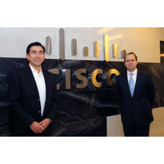 Diego Molano, Minister of Technology Information and Communications from Colombia and Christian Onetto, Cisco country manager at the new Cisco offices in Bogota