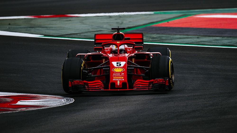 Vettel downplays testing pace