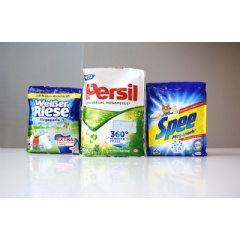 "Henkel sells its Megaperls washing powder in a flexible package called ""quadro seal bag""."