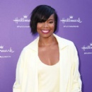 "Hallmark Launches ""Put It Into Words"" with Gabrielle Union to Inspire People to Connect through Cards"