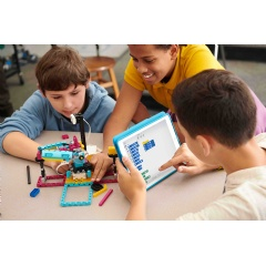 Adding to the LEGO®  Education portfolio of combined physical and digital learning experiences, SPIKE Prime has been unveiled, along with new insights on students' confidence in learning STEAM subjects.