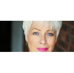 Denise Welch image by Claire Grogan Photograph