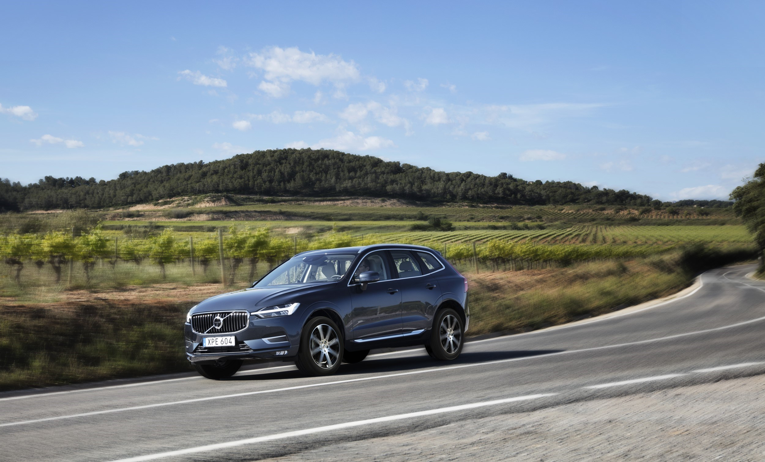 Geely's Volvo Cars first half profit up a fifth
