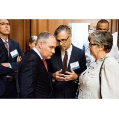 Administrator Pruitt discusses growing the local food economy with Gail Patton, Executive Director, Unlimited Future (right) and Matt Dalbey, Director, EPA Office of Sustainable Communities (center).