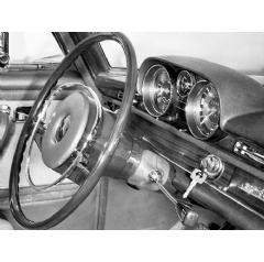 Mercedes-Benz safety steering system in a 250 SE (W 108) luxury-class saloon, 1967.